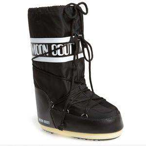 Tecnica Black Moon Boots